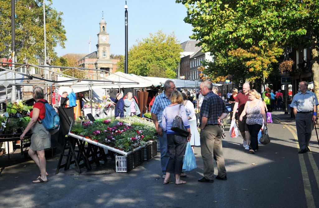MARKET PLACE AWARDED CONTRACT TO OPERATE THE NEWCASTLE UNDER LYME MARKET